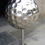 Golfball-edelstahl-skulptur-150x150.jpg